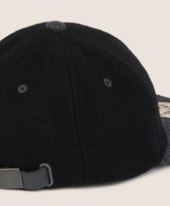EMBROIDERED SCRIPT LOGO HAT black 2